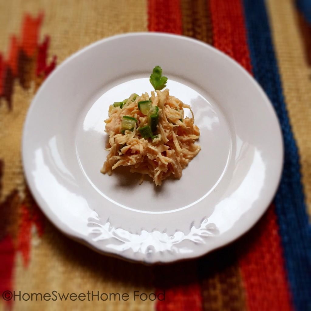 Ricetta a 4 zampe per un ferragosto gustoso e leggero: filettini di pollo al naturale con zucchine