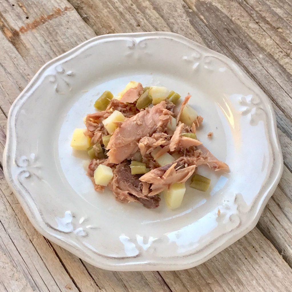 Ricetta a 4 zampe: macedonia di tonno con pesce oceanico, fagiolini e patate